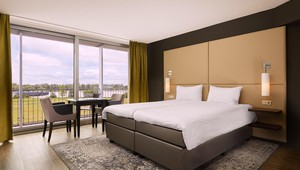 Deluxe Room with riverview