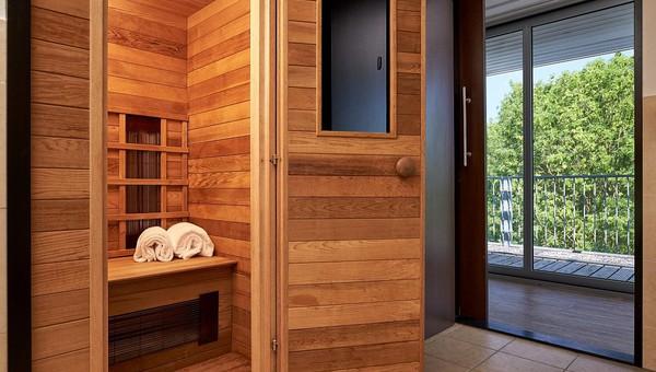 Executive Suite | Rivierzicht | Infrarood sauna | Van der Valk Hotel ARA